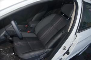风神AX3 驾驶员座椅