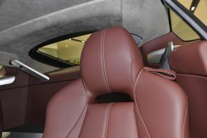 阿斯顿·马丁V8 Vantage 驾驶员头枕