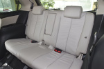 马自达8                 Mazda8 空间-珠光白