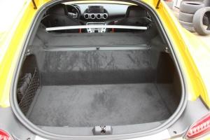 奔驰AMG GT行李箱空间图片