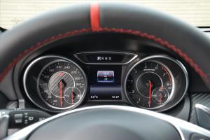 奔驰A级AMG仪表 图片