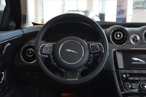 捷豹XJ方向盘图片