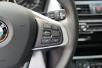 宝马2系旅行车              方向盘功能键(右)