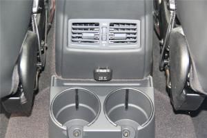 进口奔驰G级AMG          后排出风口(中央)
