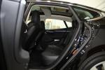 Model S(进口)后排空间图片