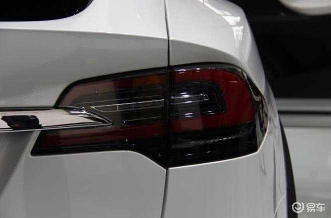 特斯拉Model X