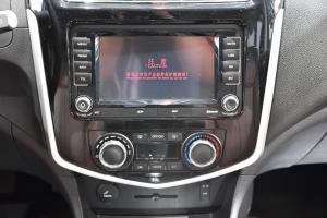 风行F600中控台音响控制键图片