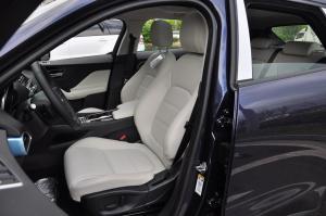 F-PACE驾驶员座椅