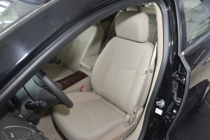 950驾驶员座椅