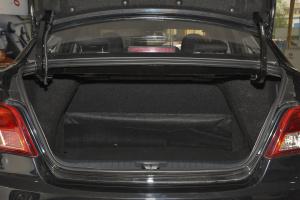 景逸S50 行李箱空间