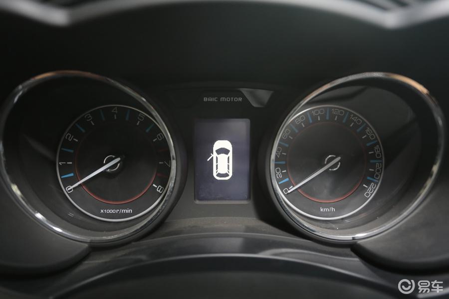 【绅宝X552016款1.5L城区舒适版仪表油耗图福特锐界汽车手动多少公里图片
