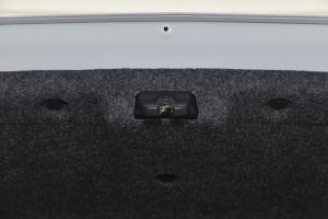 A302014款 智驱实尚型 MT 外观汉玉白 内饰浅色内饰