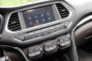 传祺GS4中控台音响控制键