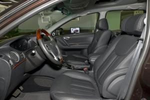 大7 SUV前排空间图片