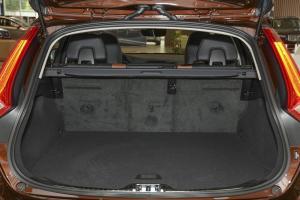 沃尔沃V60 Cross Country 行李箱空间
