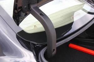 众泰Z360 行李厢支撑杆