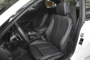 宝马M2驾驶员座椅图片