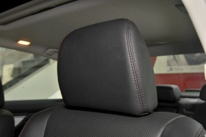 天籁驾驶员头枕图片