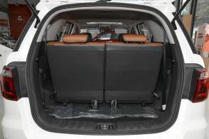 长安CX70 行李箱空间