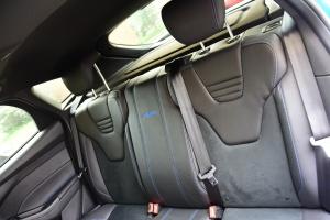 福克斯RS后排座椅图片