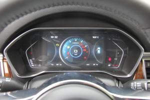 众泰SR9仪表盘图片