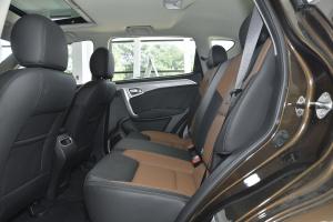 远景SUV后排空间图片