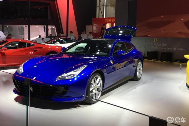 法拉利GTC4 Lusso