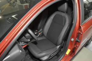 雪铁龙C3-XR驾驶员座椅图片