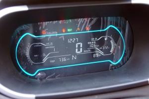 eQ1仪表盘背光显示