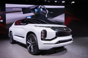 三菱GT-PHEV概念车三菱GT-PHEV概念车图片