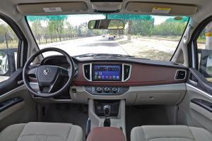 2017款 M5L 1.6L 手动 舒适型 7座