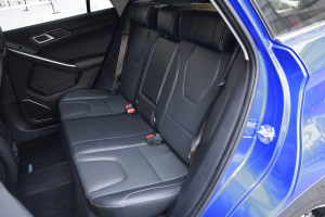 S330后排座椅