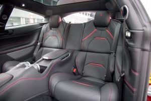 法拉利GTC4Lusso后排座椅图片