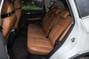 风度MX5后排座椅图片