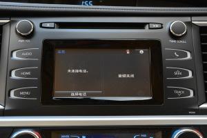 汉兰达2017款 2.0T 自动 四驱 豪华版 7座 外观珍珠白 内饰上黑\下浅