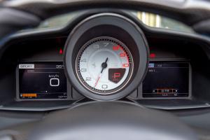 法拉利488仪表 图片