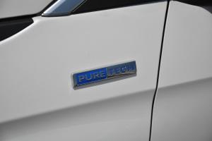 50082017款 380THP PureTech 自动精英版 7座 外观珠光白 内饰黑色