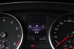 迈腾2017款 330TSI DSG 尊贵型 外观幻影黑 内饰黑色/米色
