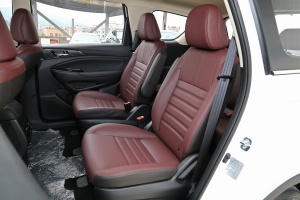 欧尚A800后排座椅图片