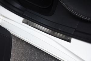 CLS级2017款 CLS 260 逸彩版 外观钻石白色 内饰黑色