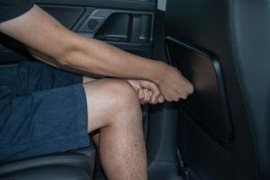 夏朗后排腿部空间体验图片