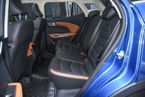 众泰T300后排座椅图片