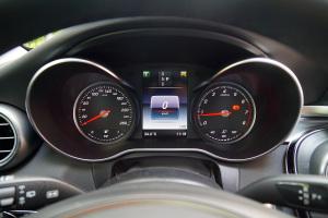 奔驰C级(进口)仪表盘图片