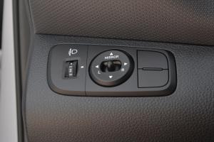 瑞纳2017款 现代瑞纳 1.4L 自动 基本型