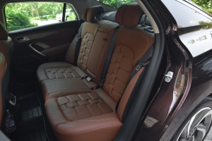 DS 5LS后排座椅图片