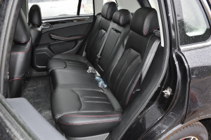 大迈X5后排座椅图片