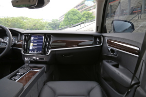 S90副驾驶位区域