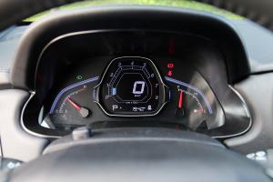 U5 SUV仪表盘