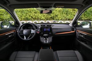 本田CR-V前排