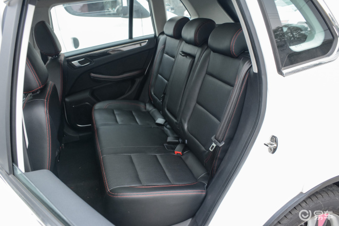 大迈X5大迈X5后排座椅